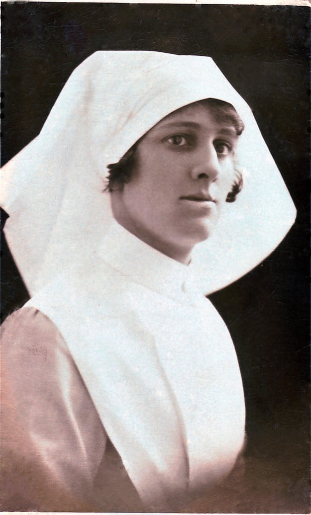 A picture of Audrey Kentv in an old fashioned nurses uniform