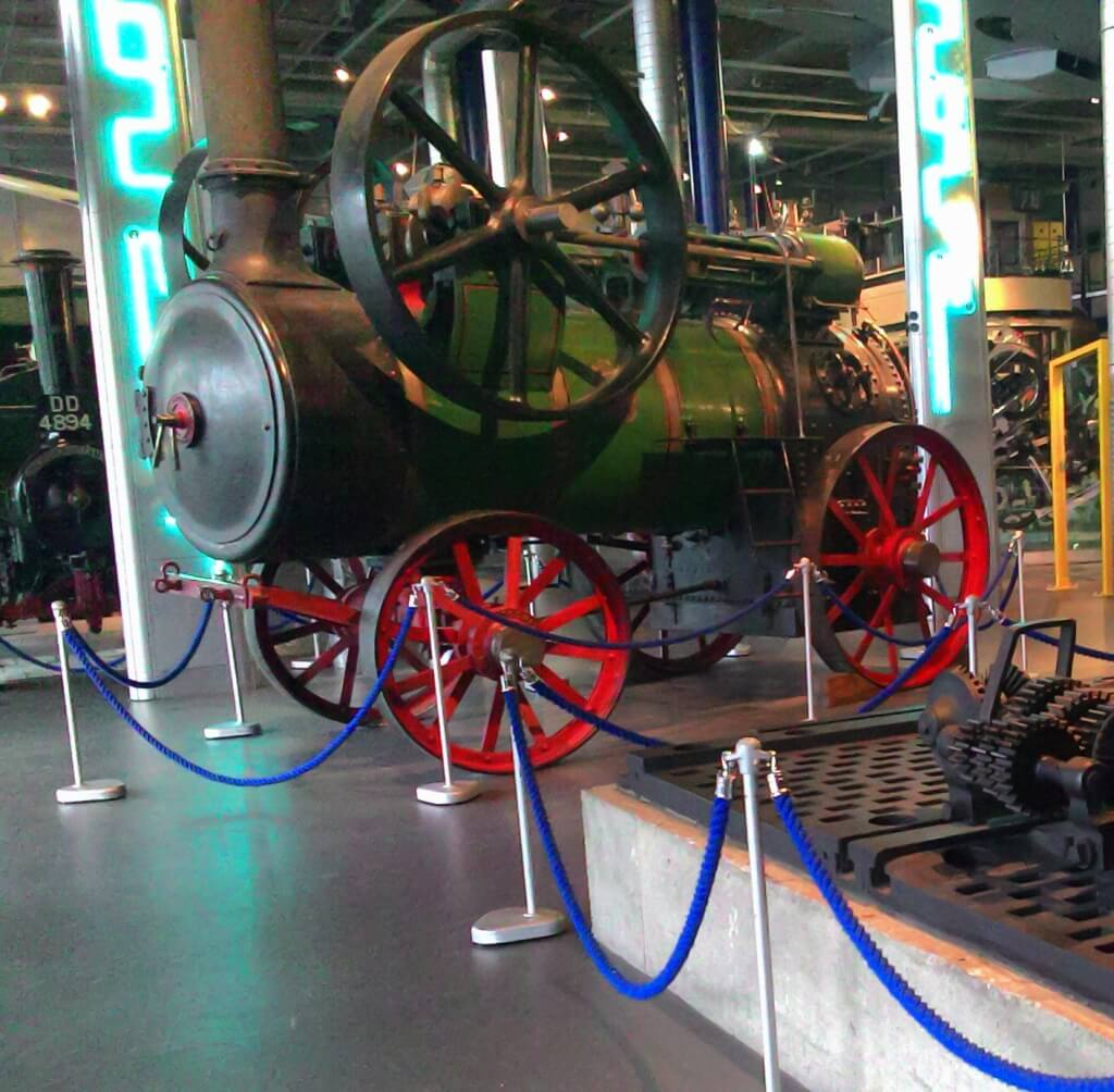 Green steam engine at Birmingham Thinktank