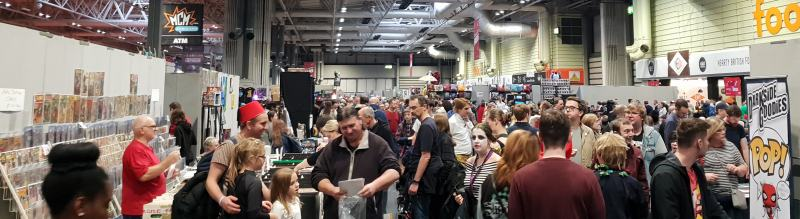 crowds at MCM Comiccon November 2018