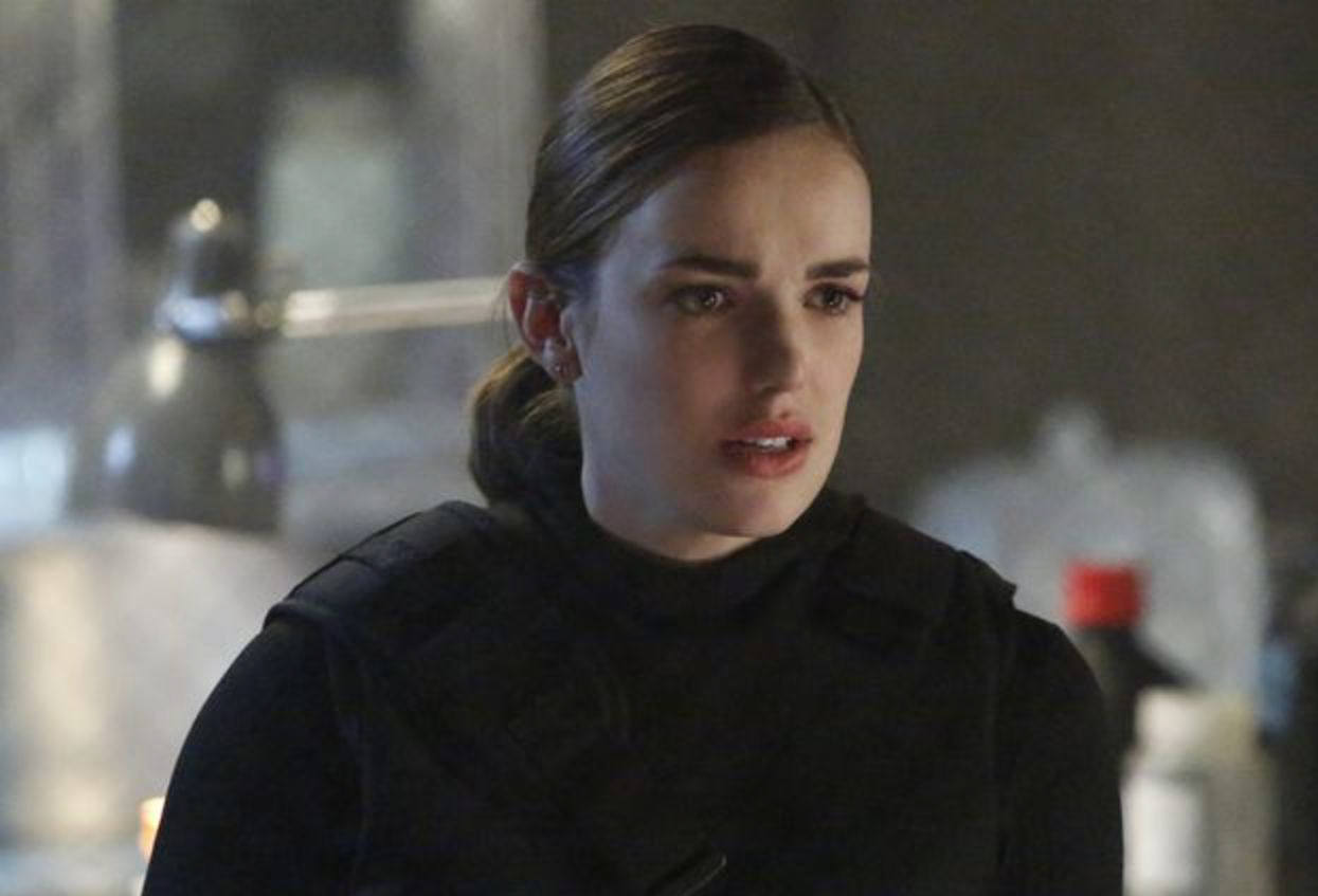 Elizabeth Henstridge as Simmons