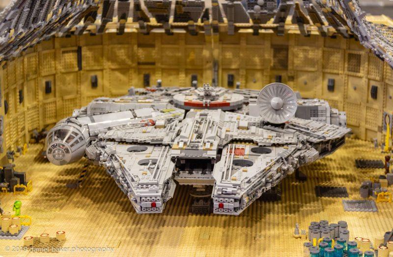 Star wars Millennium Falcon at Collectormania 26
