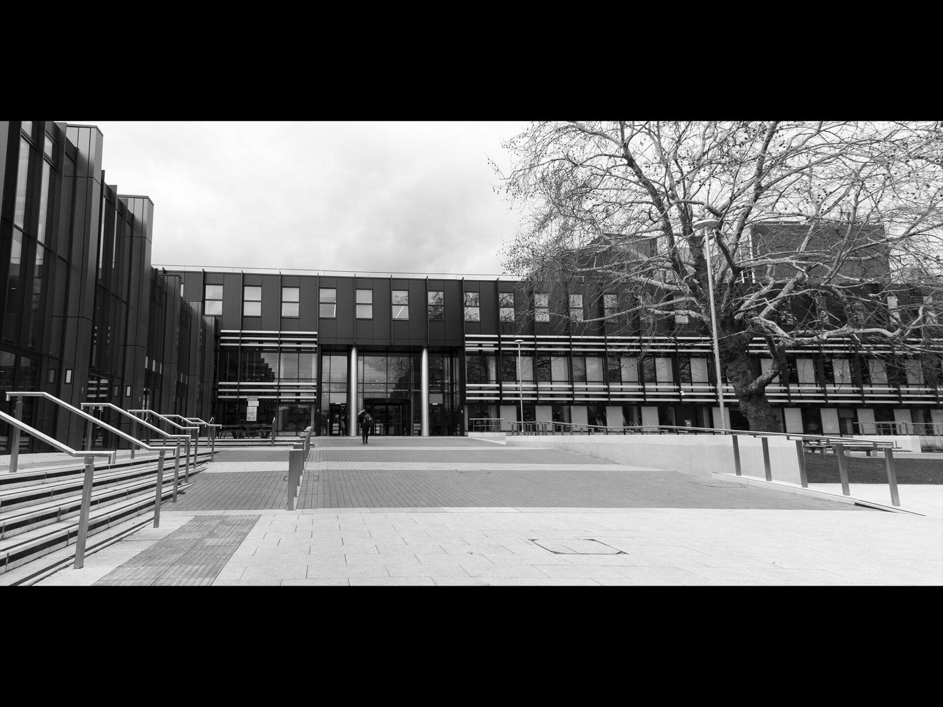 Black and white image of the front of Oxford Brookes University